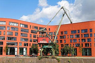 Duisburg binnenhaven (7-14162) van Franz Walter