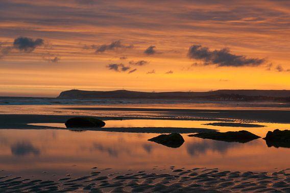 Opaalkust kleurrijke zonsopkomst van Felix Sedney