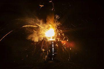 Gloeilamp vuurwerk van Rob Hansum