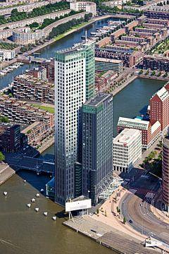 Luchtfoto Maastoren te Rotterdam van Anton de Zeeuw