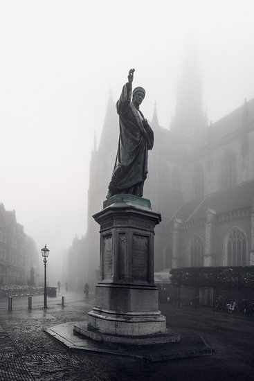 Haarlem: Lautje in de mist. van Olaf Kramer