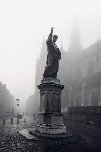 Haarlem: Lautje in de mist.