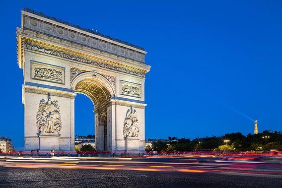 Arc de Triomphe bij avondlicht van Jean-Paul Wagemakers