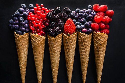 Fruit ijshoorntjes, fruit ice cones