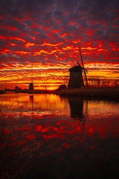 Drei Mühlen brennen von Peter Heins