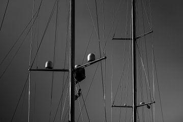 masten in zwartwit van Nathan Okkerse