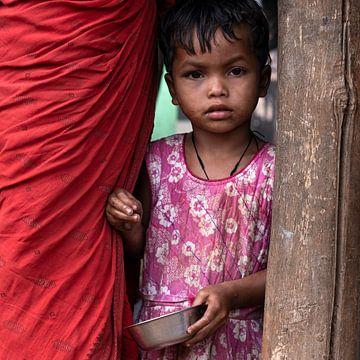 Mädchen in Rosa (quadratisch) von Affect Fotografie