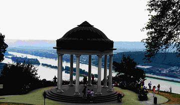 Bingen monument, tempeltje kijkt op de Rijn. van joyce kool