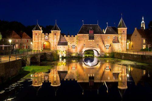 Nacht Foto Koppelpoort Amersfoort von Anton de Zeeuw