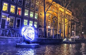 kunst in de grachten van Amsterdam van Leonie Hendriks