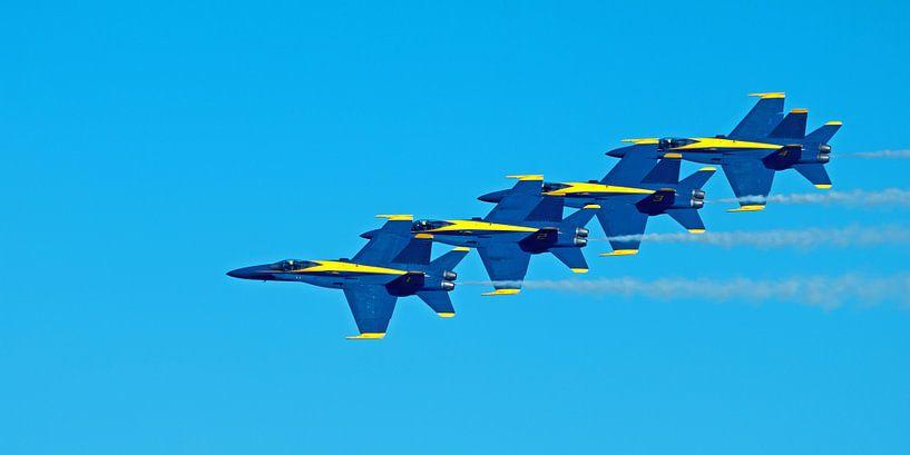 Blue Angels Formation Fly By van Bob de Bruin