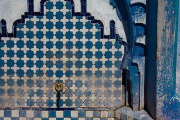 Süßwasserbrunnen in Chefchaouen, Marokko von Tjeerd Kruse