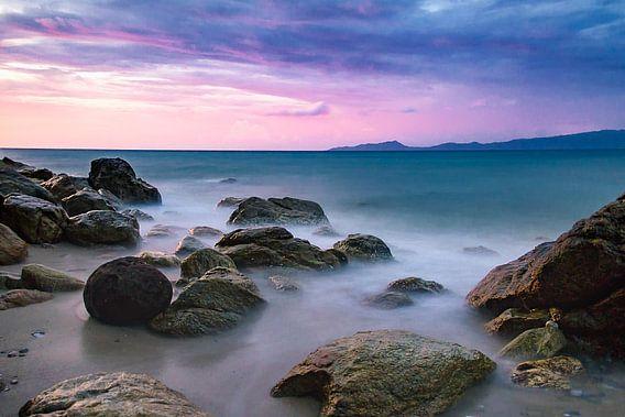 puerto galera misty ocean van Danny Schurgers