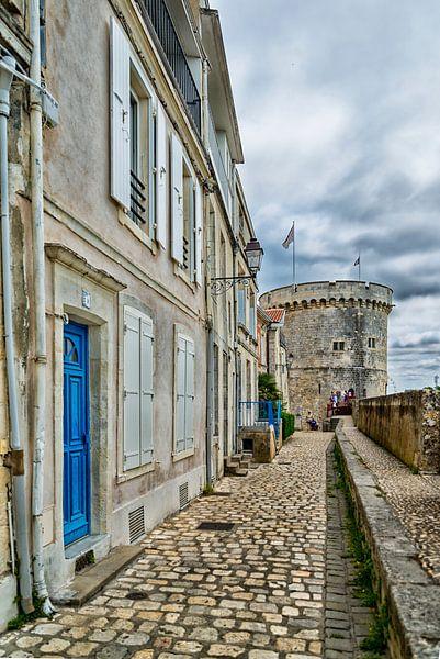 Rue sur les Murs in La Rochelle van Don Fonzarelli