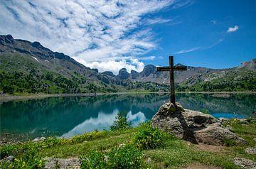 Kruis bij Lac d'Allos van Discover Dutch Nature