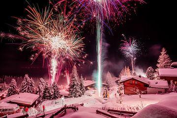 Vuurwerk in de sneeuw von