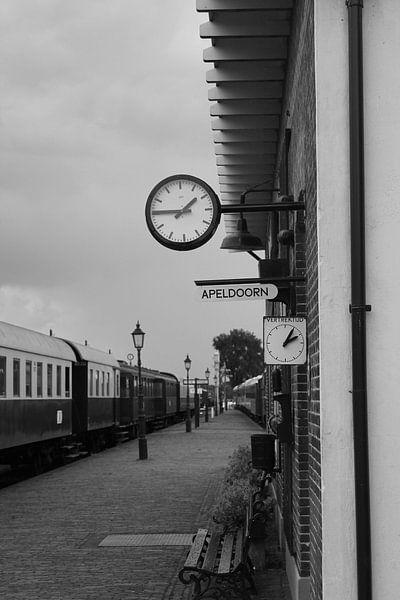 Station van Eveline van Vuren
