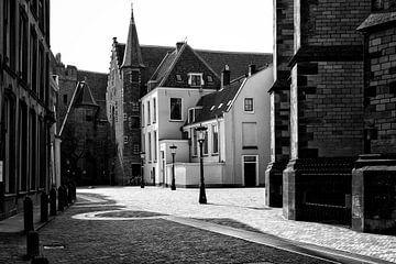 Achter de Dom in Utrecht in zwart-wit