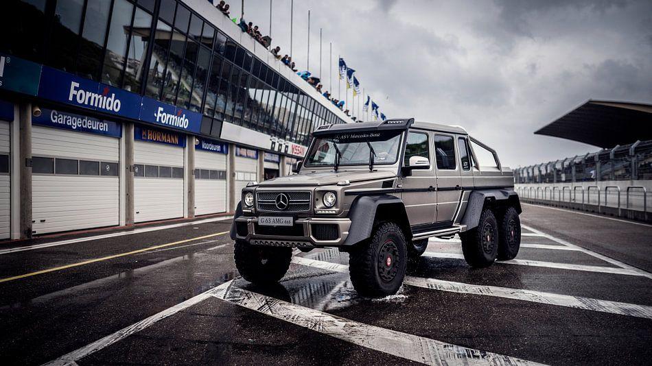 Mercedes-Benz G63 6x6