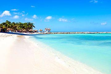 Palm Beach auf Aruba in der Karibik von Nisangha Masselink