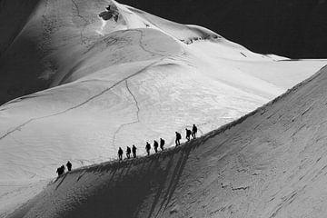 Climbers near Aiguille du Midi von