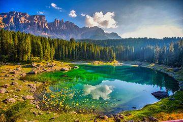 See in den Bergen Dolomiten von Kevin Baarda