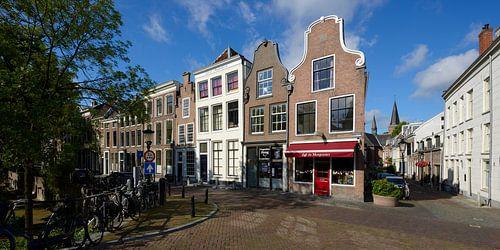 Hoek Oudegracht en Geertestraat in Utrecht van