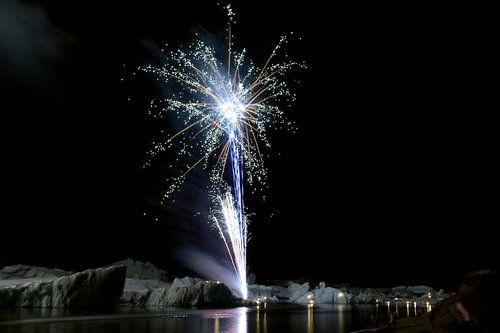 Vuurwerk en gletscherijs van