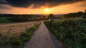 Zonsondergang over het Heuvelland van