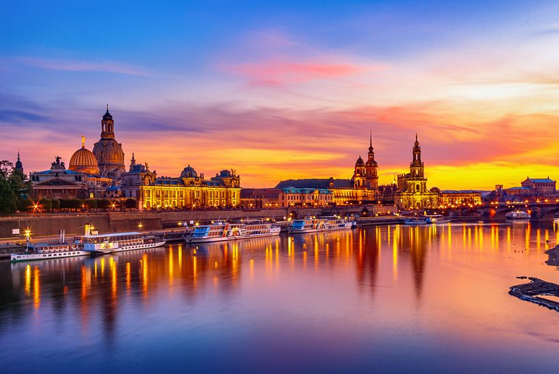 Scène de la vieille ville de Dresde en soirée sur Ullrich Gnoth