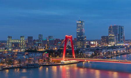 De Hef et le Willemsbrug à Rotterdam avec un nouvel éclairage sur MS Fotografie