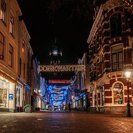 Zadelstraat in de avond. van Robin Pics (verliefd op Utrecht)