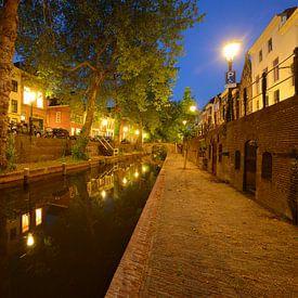 Nieuwegracht in Utrecht tussen Quintijnsbrug en Magdalenabrug von Donker Utrecht