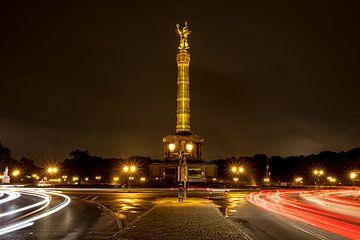 Berlijn bij nacht - Siegessäule - Tiergarten van Marianne Twijnstra-Gerrits