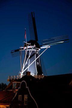 Verfügbares Licht, Molen De Adriaan in Haarlem von Arend van Beek
