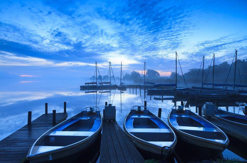 Marina blue hour! van Sander van der Werf