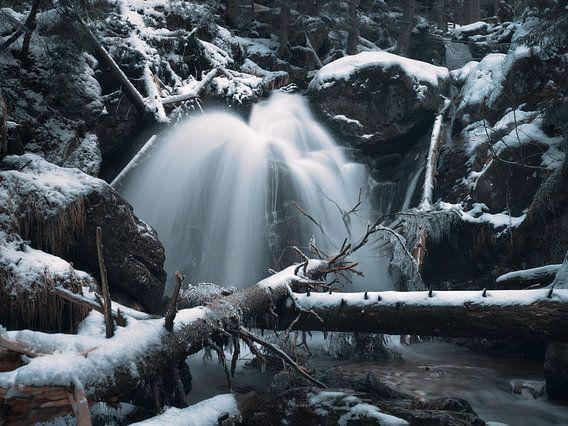 Winter im Rieslochwasserfall im Arberland 2