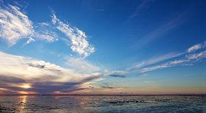 Zonsondergang Waddenzee van Ruud Lobbes