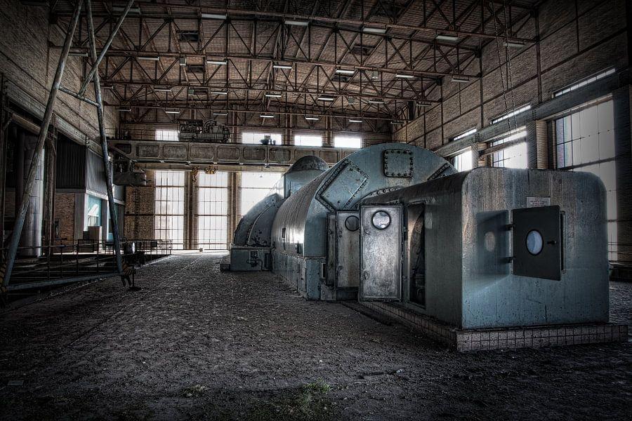 Verlaten energiecentrale 10