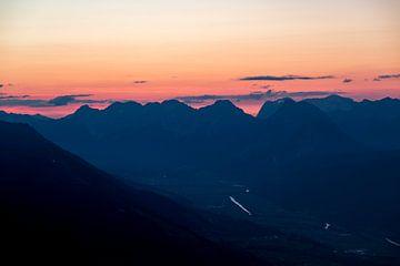 Coucher de soleil montagnes Inntal Autriche sur