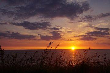 Sonnenuntergang am Meer von Bennie Eenkhoorn
