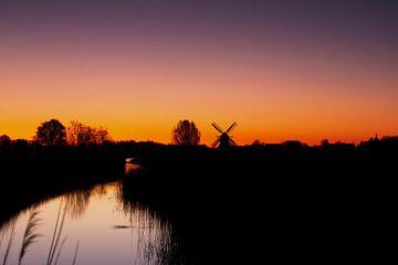 Farbenfroher Sonnenaufgang von P Kuipers