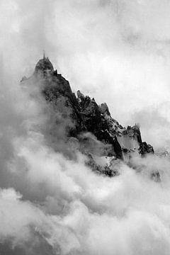 L'Aiguille du Midi comme une île sur Jc Poirot