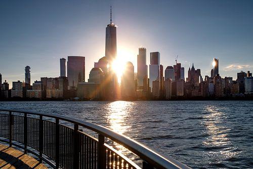 Sunrise in the Financial Distrikt of New York van Kurt Krause
