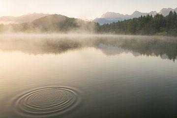 Geroldsee und Karwendel im Sommer von Martin Wasilewski