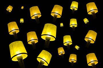 Lampions am Himmel von Klaartje Majoor