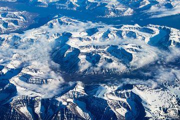 Besneeuwde bergen van Jan Tuns