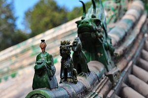 Chinese ornamenten op het dak