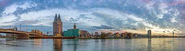 Skyline Roermond in de namiddag II van Teun Ruijters