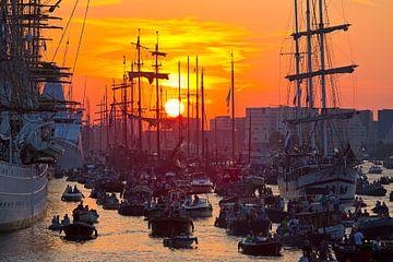 Sonnenuntergang während Sail Amsterdam von